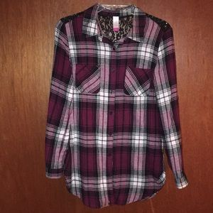 NOBO Maroon Plaid Button Up Long Sleeve. Size M